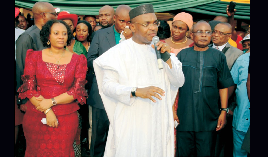 A'Ibom Governor Floats Credit Scheme, Donates A Bus To Traders Union